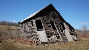Barn blown by the winds of Peters Mountain